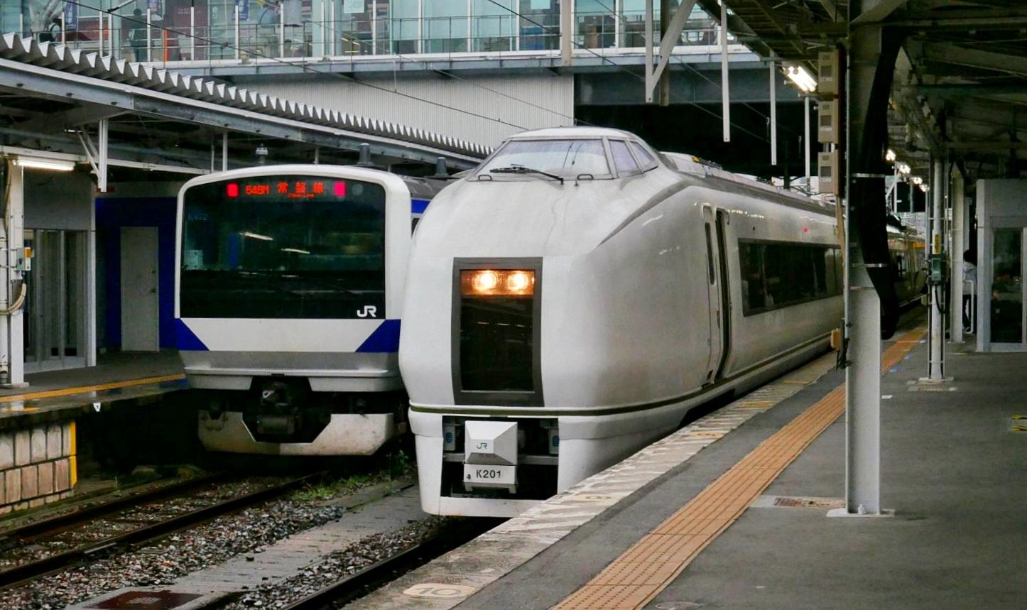 常磐s年を普通列車として走る651系
