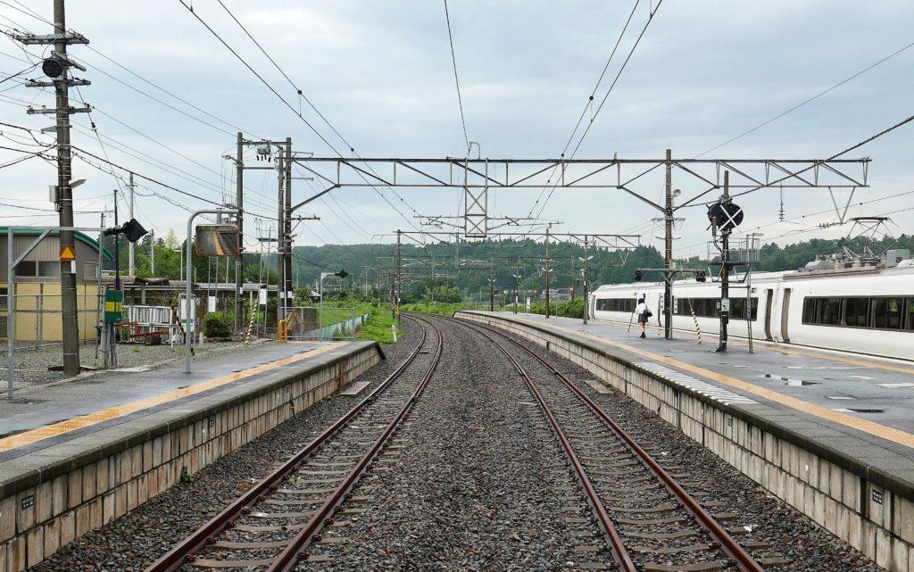富岡方面に伸びる線路
