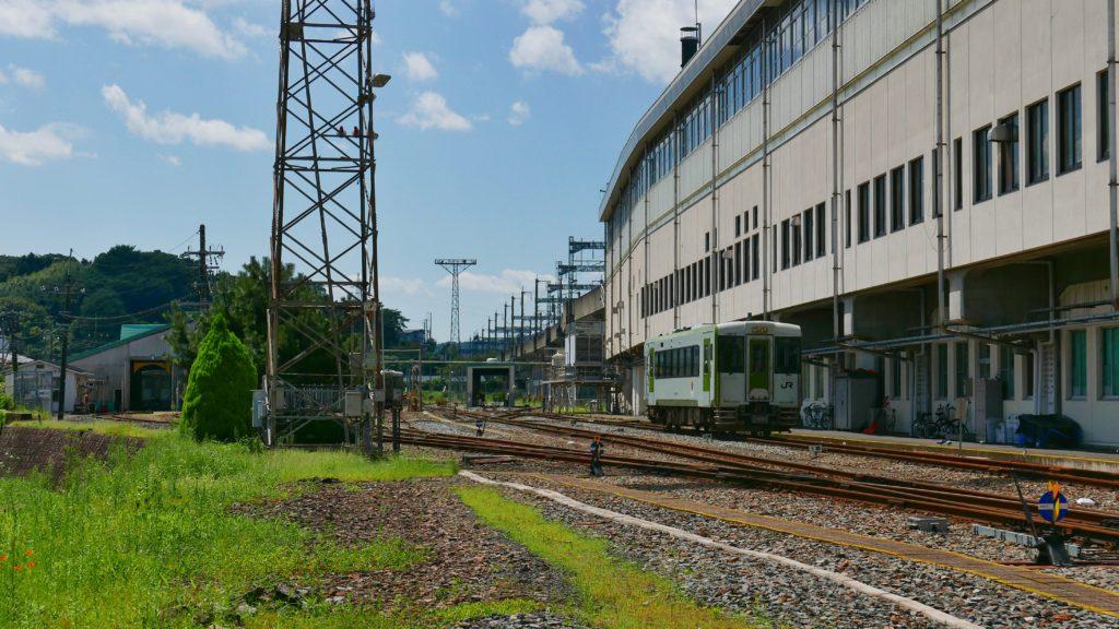 一ノ関駅東口裏に留置される起動車